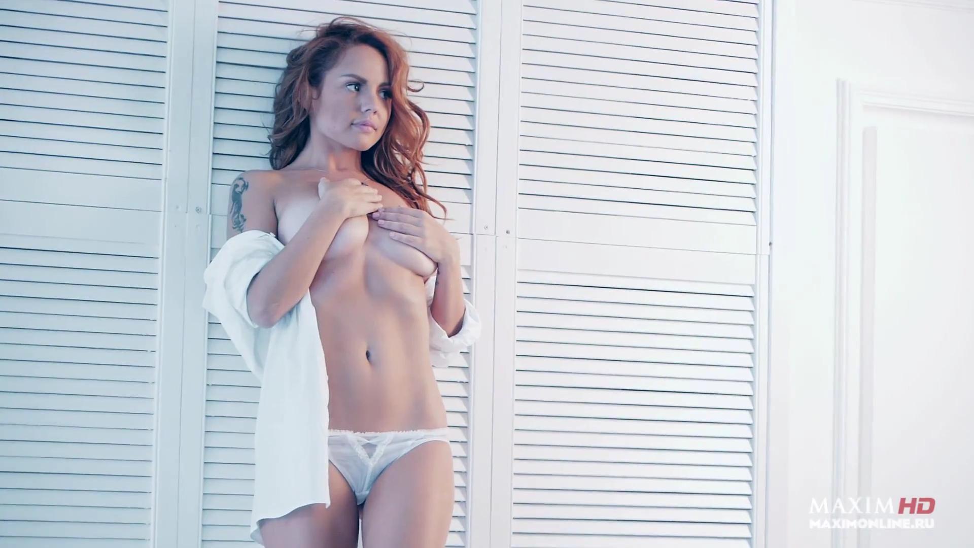 только лайн фото голая грудь певица максим порно